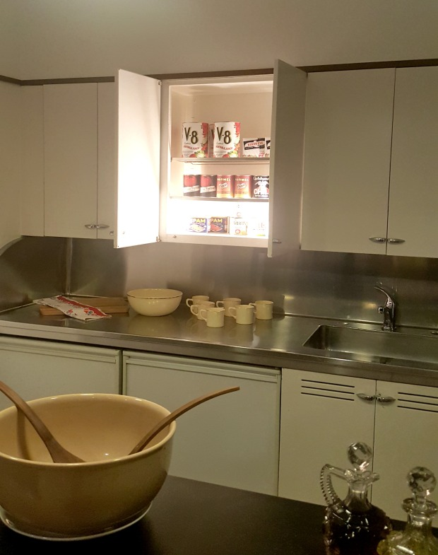 kitchenette2